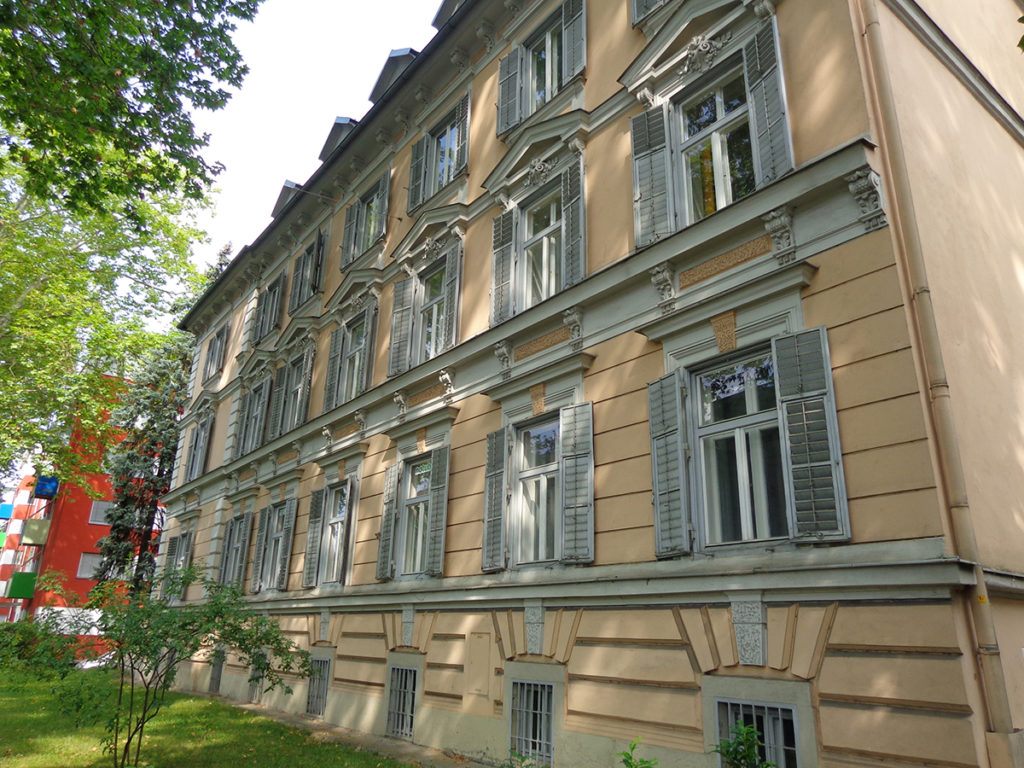Business opportunity in Graz - four apartments to let