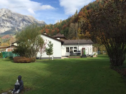 Cozy bungalow for sale in Weißenbach Steiermark